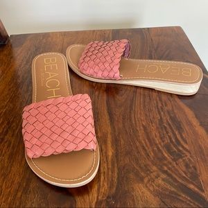 NEW Pink basket woven Matisse beach slides 8